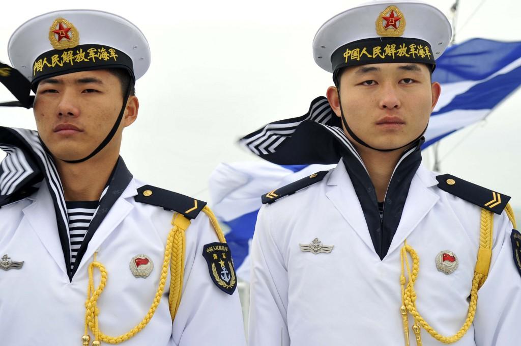 China_navy_sailors